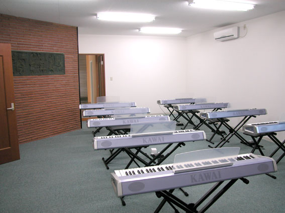ヌーベルスクエア<教室のご案内> 音楽室